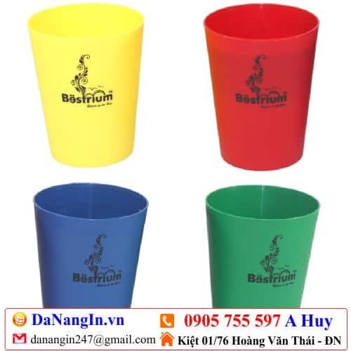 in logo ly nhựa trà sữa cafe giá rẻ decal dán ly LH 0905 7555 97 A Huy - danangin.vn,in ly sứ thủy tinh,in logo lên sản phẩm,in trên mọi chất liệu,in nhãn